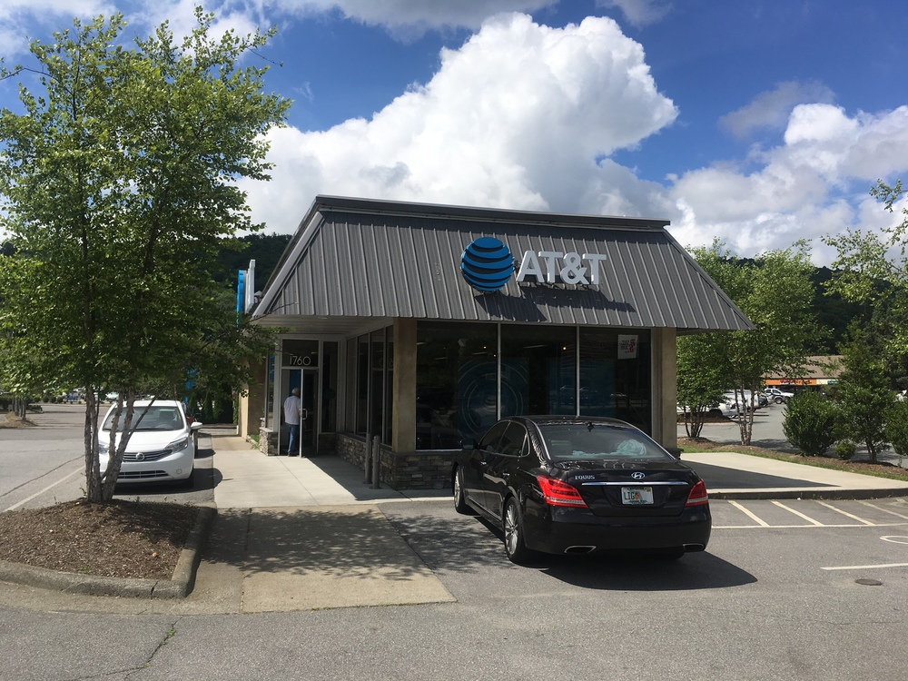 AT&T (Spring Communications Holdings, Inc.) 1760 Blowing Rock Road   North Carolina Boone 28607